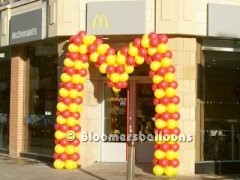 The McDonalds Flying M in balloons